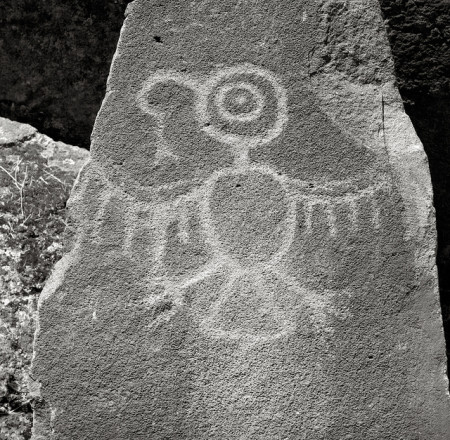 Thunderbird Petroglyph, Horse thief lake, OR.