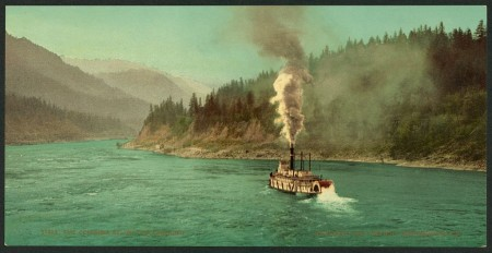 Columbia_River_below_the_Cascades_showing_sternwheeler,_ca_1901