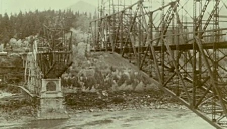 Building of the the modern day Bridge of the Gods, ca. 1925